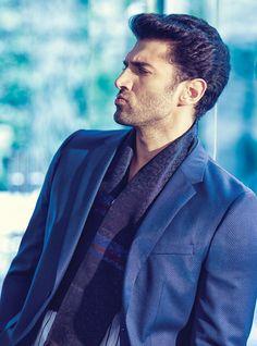 Aditya Roy Kapur para Man's World por Abhay Singh