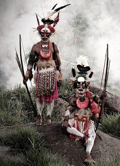 "Goroka men, Papua New Guinea in Jimmy Nelson's ""Before they pass away"""