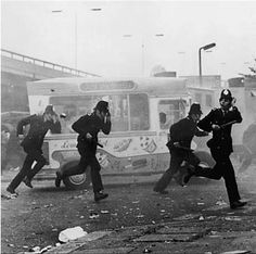 Riots at the Notting Hill Carnival, 1976