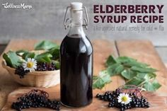 How to Make Elderberry Syrup (Potent Cold + Flu Remedy) Elderberry Gummies, Elderberry Syrup, Elderberry Benefits, Elderberry Recipes, Flu Remedies, Health Remedies, Herbal Remedies, Bloating Remedies, Holistic Remedies