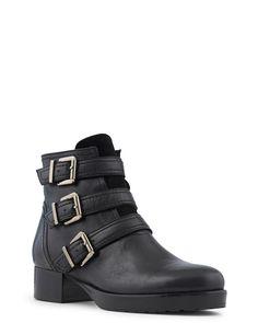 950fff28980 Les 65 meilleures images du tableau Shoes sur Pinterest