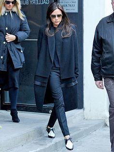 Star Tracks: Wednesday, February 12, 2014 | STEP TO IT | Following another successful showing at New York Fashion Week, Victoria Beckham enjoys some downtime in New York City on Tuesday.