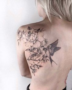 Been thinking about getting a tattoo for a while? We've picked and chosen 43 of our favourite sexy tattoos for women - take a look and get some inspiration. Tattoos For Women On Thigh, Tattoos For Women Half Sleeve, Shoulder Tattoos For Women, Back Tattoo Women, Flower Tattoo Women, Tattoo Back, Bird And Flower Tattoo, Tattoo Moon, Lion Tattoo