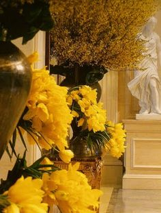 While we won't be channeling Jeff Leatham, I love this profusion of yellow flowers.