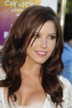 42 ideas hair color for fair skin hazel long bobs - Haarfarben Ideen Beautiful Actresses, Beautiful Celebrities, Sophie Bush, Hair Color For Fair Skin, Non Blondes, Langer Bob, Belleza Natural, Brunette Hair, Trendy Hairstyles