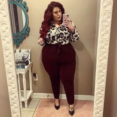 Where my boss ladies at? 🙋‍♀️ Some of y'all have requested work/office looks! Outfit Deets: Top: Susan Thomas Pants: (old) Shoes: sandra Barrieau . Fall Fashion Trends, Autumn Fashion, Plus Size Fashion For Women, Plus Fashion, Top Wedding Dresses, Plus Size Beauty, Curvy Girl Fashion, Work Looks, Dress To Impress