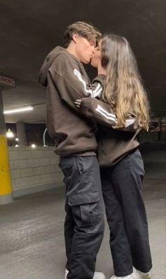Cute Couples Photos, Cute Couple Pictures, Cute Couples Goals, Cute Photos, Couple Pics, Couple Goals Relationships, Relationship Goals Pictures, Boyfriend Goals, Future Boyfriend