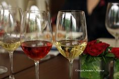 Wines and Roses  At the wine tasting session hosted by Shamita Singha for Four Seasons Wines in Neel, Tote at Mahalaxmi Race course.