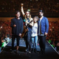 30secondstomars:  Thirty Seconds To Mars in Mexico. See the full pic at thirtysecondstomars.com