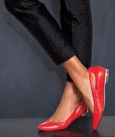 When you need to be on your toes from 9 to 5, these smart, stylish shoes get the job done. Here, find comfortable flats and heels that you can wear to work.