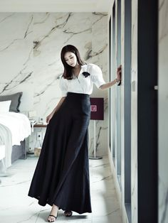 Long Dress or ultra wide Pants? They are wonderfully wide and flowing pants of course! From the Korean DINT website.
