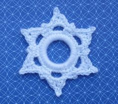 Whiskers & Wool: Six Point Snowflake Ring Ornament - CROCHET