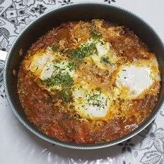 Aprenda a preparar a receita de Shakshuka ou moqueca de ovo (versao low carb)