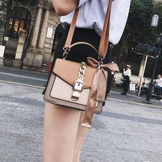 Women's Bag Fashion Messenger Bag for Women Mini Square Bag Shoulder Messenger Bag Clutch Female Designer Wallet Handbag - brown Mini(Max Fashion Handbags, Purses And Handbags, Fashion Bags, Designer Messenger Bags, Bag Women, Best Wallet, Designer Wallets, Womens Purses, Casual Bags