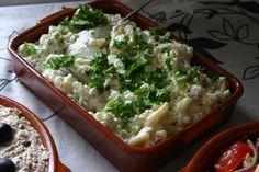 Spaanse aardappelsalade - Een koude zomerse, vegetarische, pittig door de knoflook, super makkelijk te maken aardappelsalade - Gegarandeerd word je om het recept gevraagd, en die is geweldig – Tapasfeestje – BBQ salade – Mels Feestje