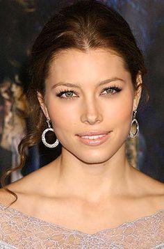Jessica Biel love her makeup
