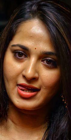 Indian Actress Hot Pics, Beautiful Indian Actress, Beautiful Actresses, Indian Actresses, Beauty Full Girl, Beauty Women, Bhabhi Pics, Nice Lips, Nice Face