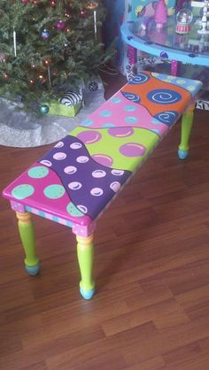 Adorable Bench - wouldn't your desk chair be cute painted like this?