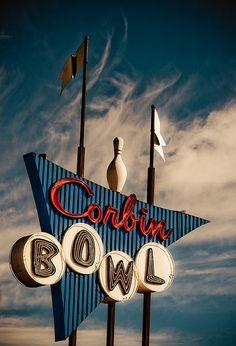 Corbin Bowl | Tarzana, California | by TooMuchFire, via Flickr