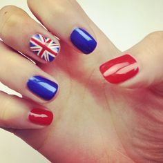 Union Jack Nails - oh yes! Gel Nail Designs, Cute Nail Designs, Trendy Nails, Cute Nails, Europe Nails, Union Jack Nails, One Direction Nails, Flag Nails, Patriotic Nails