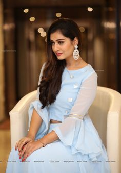 Payal Rajput South Indian Actress Hot, Beautiful Indian Actress, Beautiful Actresses, Bollywood Actress Hot, Girl Photography Poses, India Beauty, Indian Girls, Beautiful Models, Indian Actresses