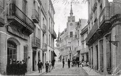 Sitges La Casa Bartomeu Carbonell Sitges, Tim Burton, Costa, Street View, Photos, Antique Photos, Black And White, Pictures