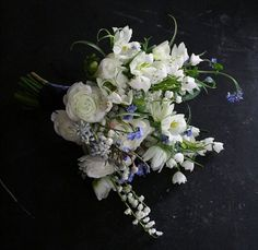 Spring Flowers 9 Ways - Blue and White | CHWV