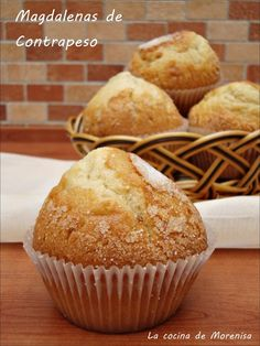 Keto Snacks, Snack Recipes, Hispanic Desserts, Cupcakes, Cupcake Cakes, Profiteroles, Bakery, Deserts, Sweets