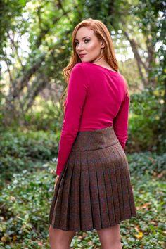 Lady's Kilted Skirt (Morvern Tweed) – Great Scot (Scotland) Ltd Kilt Skirt, Dress Skirt, Tweed Skirt, Cute Skirts, Mini Skirts, Pleated Skirts, Look Thinner, Feminine Style, Sexy
