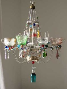 kronleuchter kronleuchter in 2019 Diy Chandelier, Pinterest Diy, Lamp Shades, Decoration, Wind Chimes, Diy Home Decor, Decor Crafts, Glass Art, Diy And Crafts