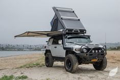 In case you haven't had a thrilling weekend journey for a very long time, plan a camp with a roof tent. Quite a lot of Australian companies stock stur. Camper Trailer Tent, Suv Camper, Roof Rack Tent, Roof Top Tent, Off Road Adventure, Adventure Gear, Toyota Fj Cruiser, Land Cruiser, Custom Camper Vans