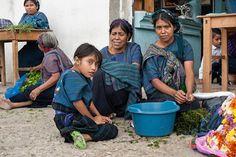 Ladies of Lake Atitlan #Guatemala via @SeanReaganPhoto #ttot #travelpics