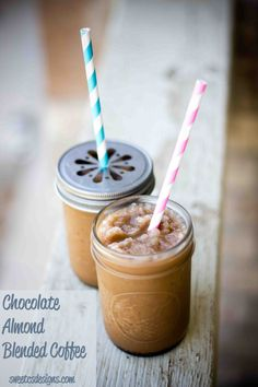 chocolate almond blended coffee,  http://sweetcsdesigns.com/archives/4486  #drinks, #icedcoffee