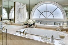 Bathtub surround decor