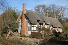 Anne Hathaway's Cottage   Flickr - Photo Sharing!