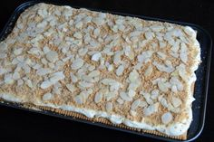 Desert cu mascarpone, cacao si biscuiti | MiremircMiremirc Deserts, Pie, Food, Mascarpone, Pinkie Pie, Fruit Flan, Essen, Dessert, Pies