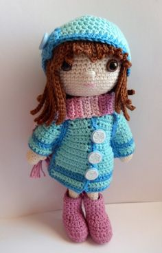 2/13/16 Winter clothes for Emily - link to free pattern