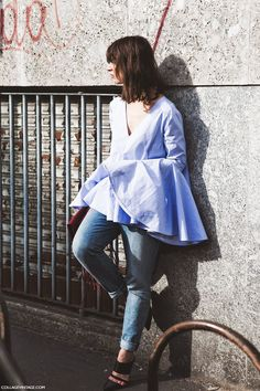 LALA FLARED SLEEVE TOP BLUE  COTTON-POPLIN and PIQUÉ Top  Statement bell sleeves top (also available in white)  This baby blue top is crafted from a breathable combination of cotton-poplin and piqué.Cut to flatter, this style flares out the waist into a evasé shape and features an unusual bell sleeves. Wear it with everything, from with skinny leather pants, to skirts or a good old pair of ripped jeans.  Details:  - Baby blue cotton-poplin and cotton-piqué  - Trumpet sleeves  - V neck…