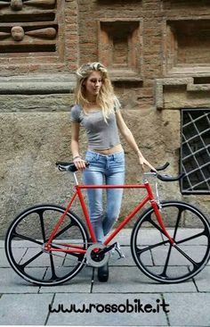 cycling bike bicycle cyclist riding biking biker rider vintage hot babe - Womens Bicycle - Ideas of Womens Bicycle - cycling bike bicycle cyclist riding biking biker rider vintage hot babe Bicycle Women, Road Bike Women, Bicycle Girl, Women's Cycling, Cycling Girls, Cycling Equipment, Velo Design, Range Velo, Cycling Jerseys