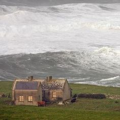 A enigmatic coastal cottage from beautiful IRELAND, by unknown author. Repinned…