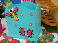 Portalapices Country Painted Wooden Boxes, Wooden Cutouts, Country Art, Pencil Holder, Home Art, Toy Chest, Decoupage, Color Turquesa, Vintage