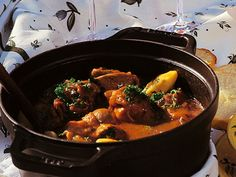 #Daube Provençale (Provençal stew) - Classic French stew, perfect for cold weather. Pieces of beef slowly braised with red wine, onions, herbs and garlic, served with fresh pasta.