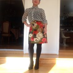 I wore this funky top with one my my favorite 70's vintage skirts with a Thanksgiving and floral color scheme.