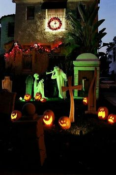 380 best halloween yard haunt ideas images in 2019 holidays rh pinterest com halloween yard haunt 2012 halloween yard haunt port orange