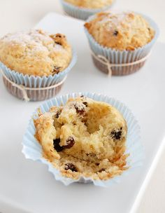 Rum and raisin muffins / Muffins de passas ao rum
