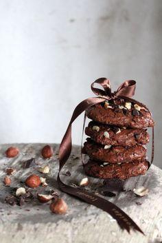 chocolate hazelnut cookies - love this pic