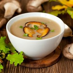 Cheese soup with porcini mushrooms Wild Mushroom Soup, Mushroom Broth, Mushroom Soup Recipes, Porcini Mushrooms, Creamed Mushrooms, Stuffed Mushrooms, Stuffed Peppers, Cream Soup Recipes, Easy Soup Recipes