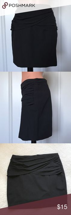 Forever 21 Black Ruched Wide Band Mini Skirt M Forever 21 Black Ruched Mini Skirt  Size - Medium 75% Polyeseter, 20% Rayon & 5% Spandex  Approx Measurements: Waist - 28in Length - 16in  Zips in the back. Good Condition. Worn once or twice. Forever 21 Skirts Midi