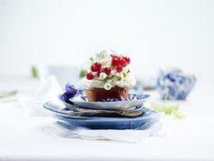 Saftige lyse muffins Muffins, Panna Cotta, Cupcakes, Ethnic Recipes, Food, Muffin, Dulce De Leche, Cupcake Cakes, Essen