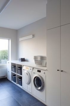 Laundry Decor, Laundry Room Organization, Laundry Storage, Laundry Room Design, Modern Laundry Rooms, Laundry Room Layouts, Laundry Room Remodel, Laundry Room Inspiration, Küchen Design
